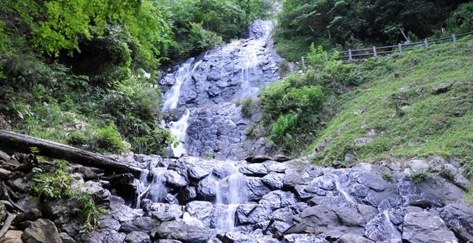 Asahidaki Falls